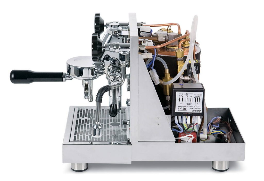 In unserer eigenen Werkstatt in Köln führen wir den Service und die Reparatur von QuickMill Espressomaschinen selbst durch.